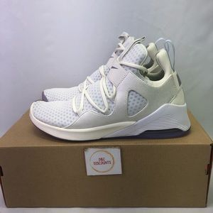 Nike Women Air Alluxe PRM AT9914100 New